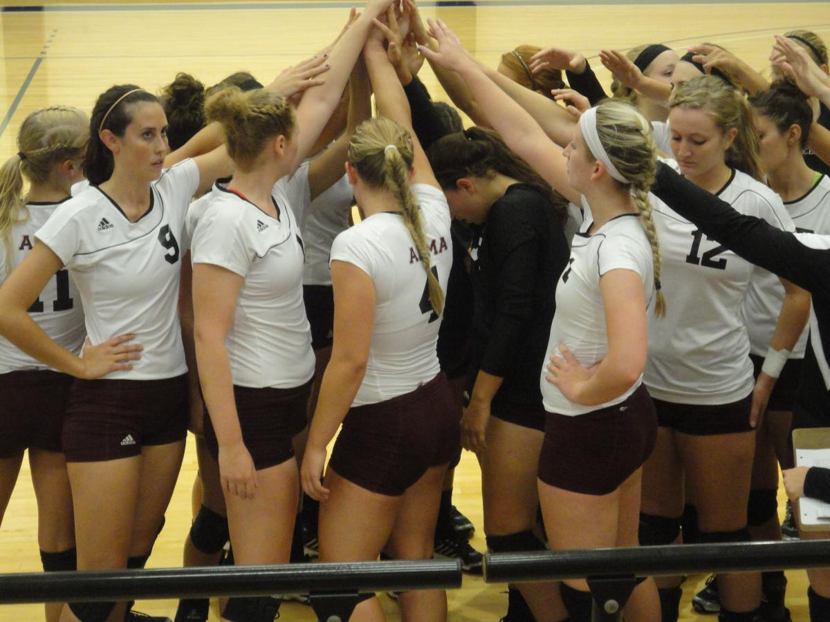 Alma Volleyball wins first two matches of the University of Dallas Tournament