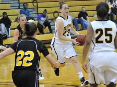 Late Lady Petrel Rally Falls Short in Loss
