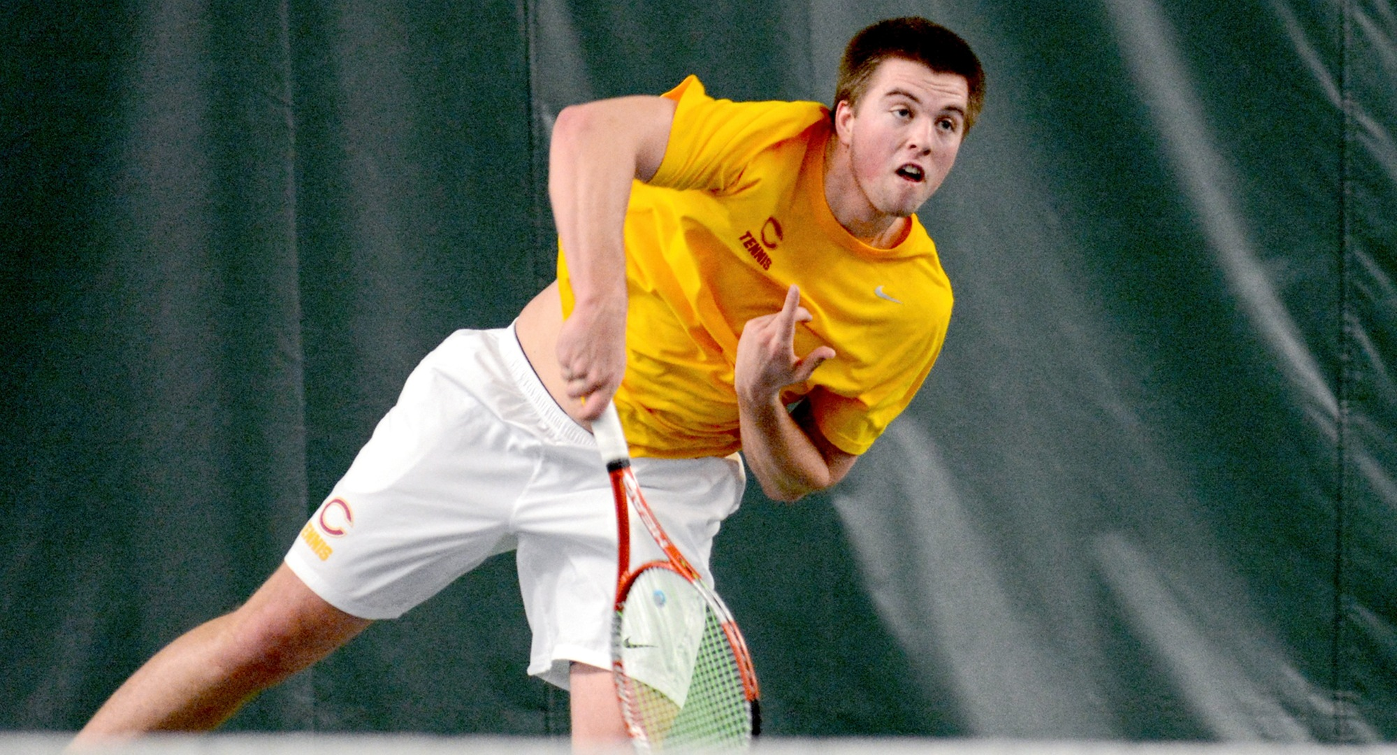 Junior Isaac Toivonen won in a super-set tie-breaker at No.1 singles to remain unbeaten in singles play in 2017.