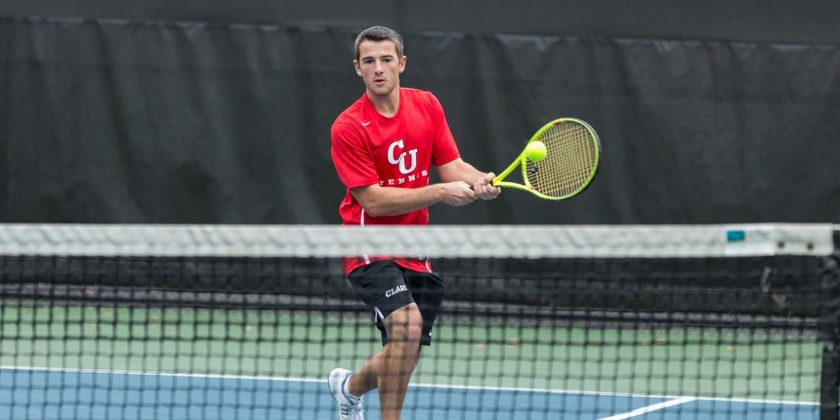 Men's Tennis Downs Wildcats in Third Straight Victory, 7-2