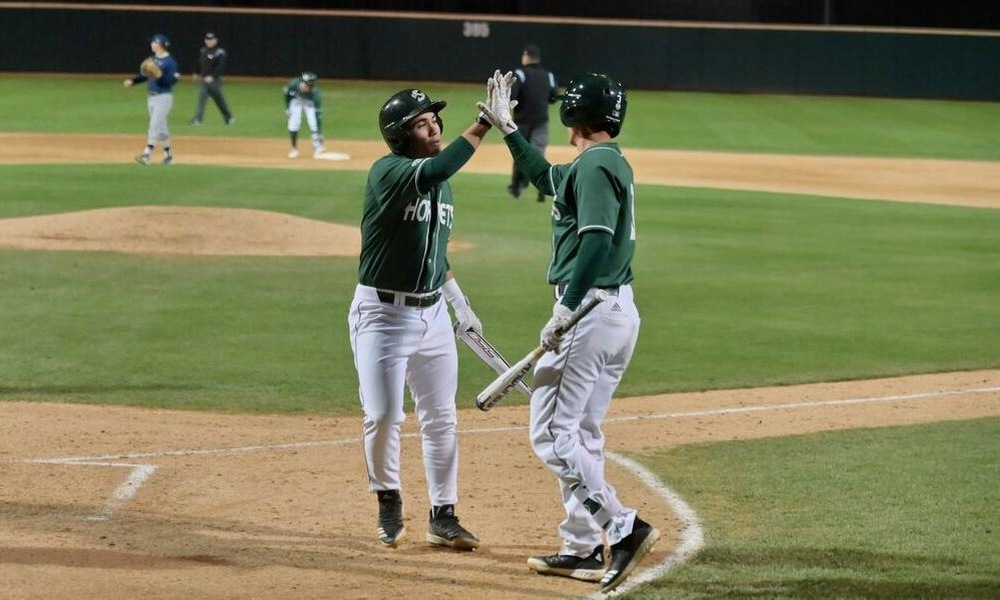 BASEBALL WINS FIFTH STRAIGHT, BEATS UC DAVIS 8-2 TUESDAY