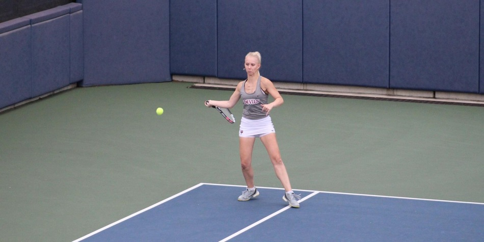 James Wins Twice as Women's Tennis Plays First Home Match of Spring on Thursday