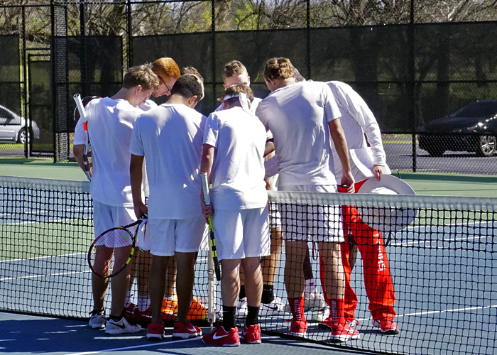 Hawks close out spring break trip with loss at Eckerd