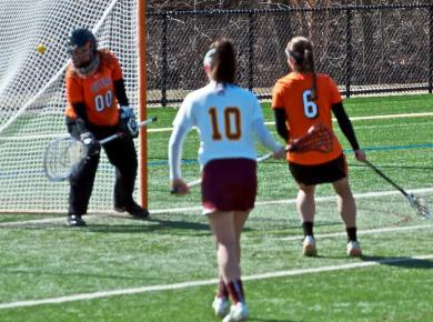 Lowney's goal lifts STAC to victory, 8-7