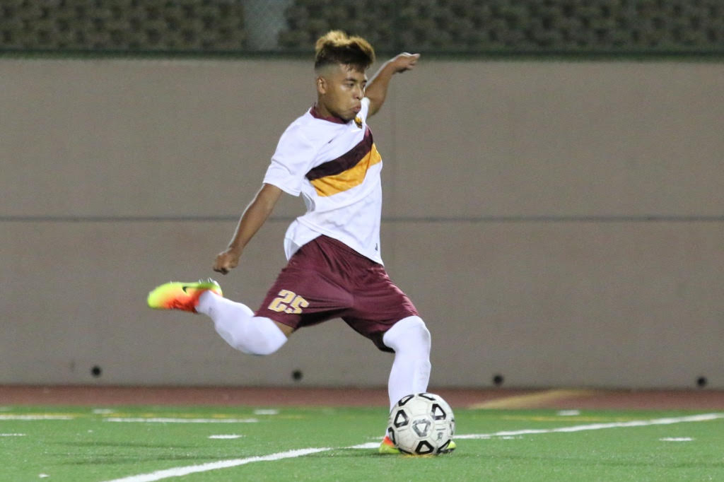 Men's Soccer Still Road Warriors, 3-0-2 With Glendale Win