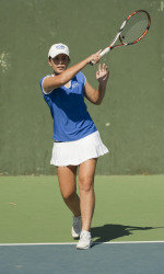 Gauchos Fall to Tough Denver Squad, 4-1