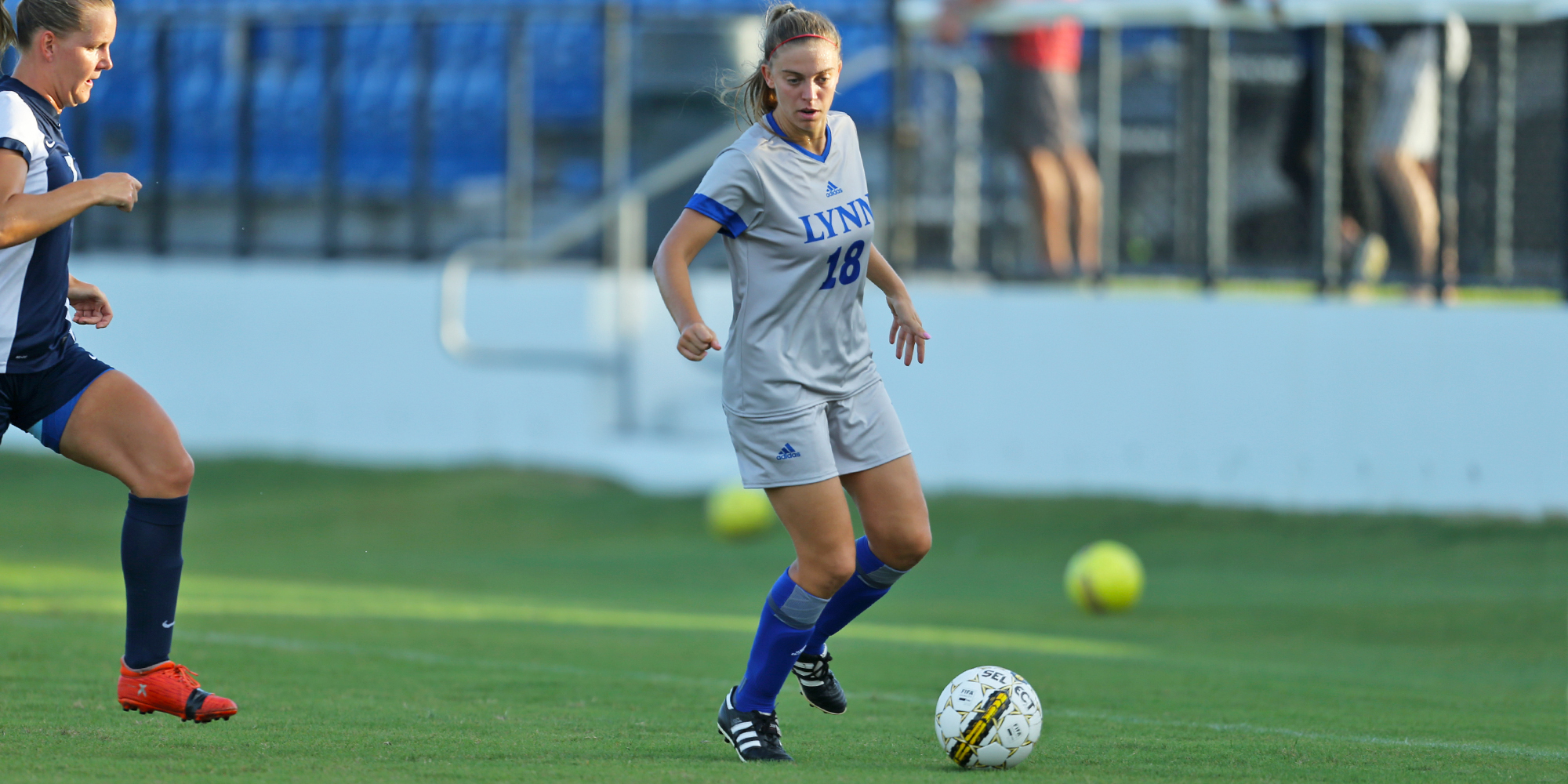 Pedretti's Late Goal Lifts Women's Soccer to Victory