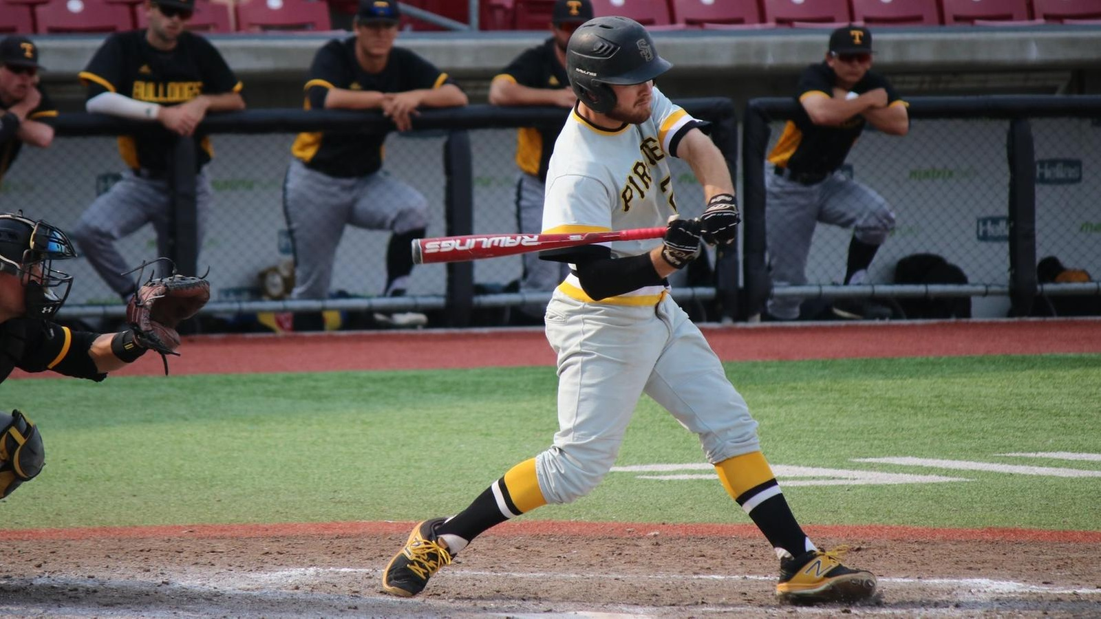 Pirates fall short against Trinity in elimination game, 4-3