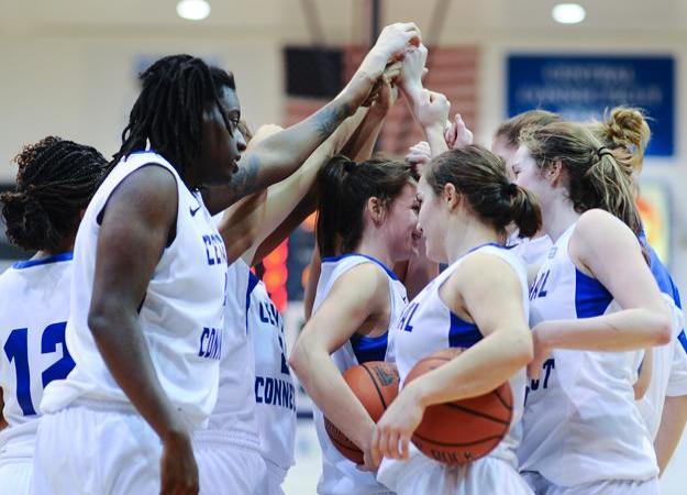 Women's Hoops Hosts Bryant on Saturday