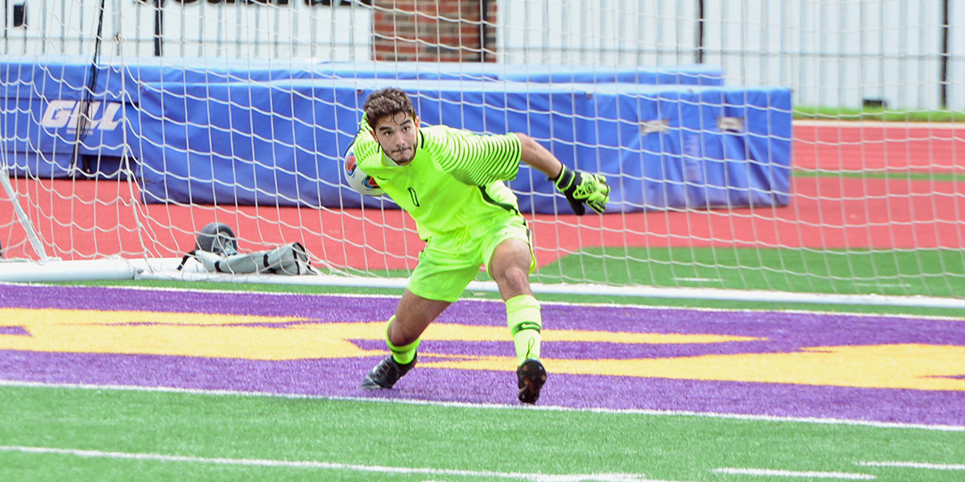 Gents Soccer Falls to Colorado College, 1-0