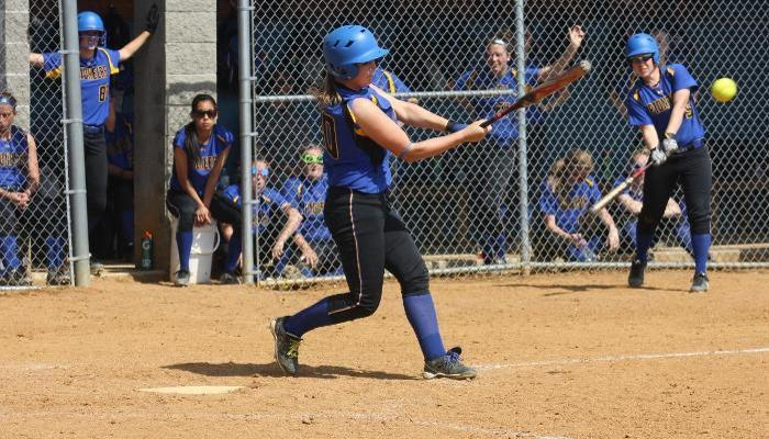 Offense Explodes in Lady Pioneers Sweep at Erie CC