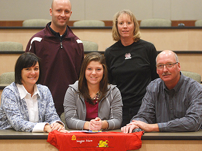 Bulldogs Sign Holland Christian's Libby Berens