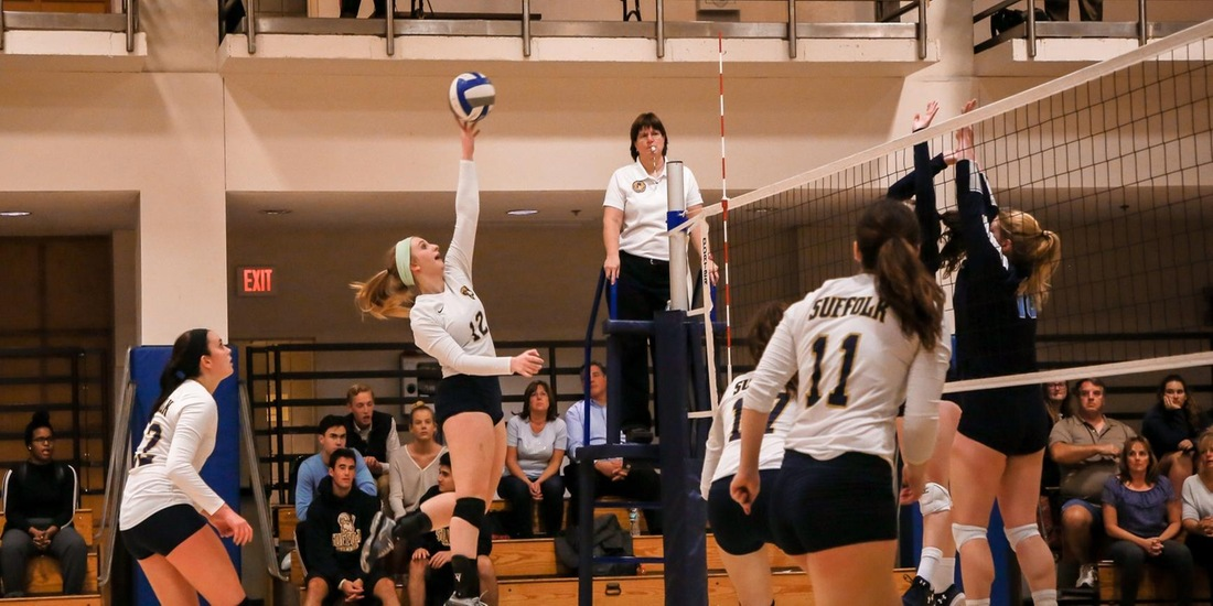 Volleyball's Season Closes in GNAC Quarterfinals at Simmons in Three