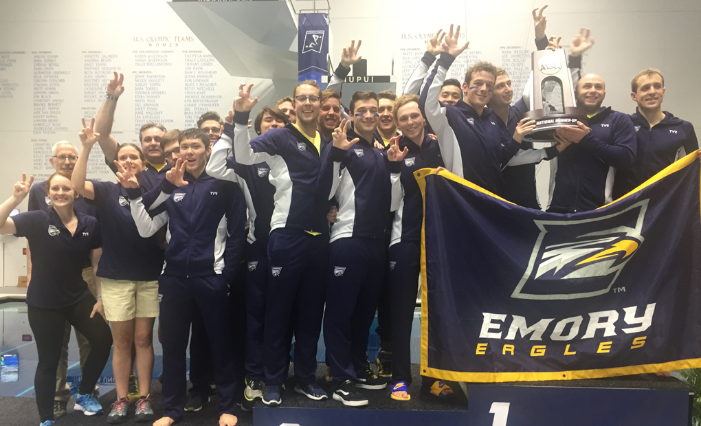 Men's Swimming & Diving Finish Second at Nationals; Oliver Smith Named Swimmer of the Year