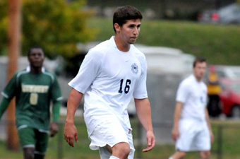 Early PK stands up as WashU men take UAA decision from Brandeis, 1-0