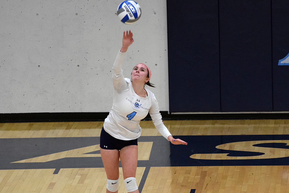 Lasell Women's Volleyball overpowers Pine Manor