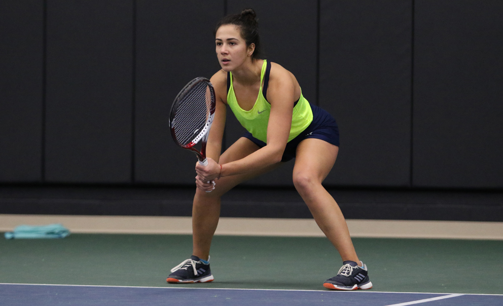 Women's Tennis Blanks Chicago, 5-0, to Earn Berth to NCAA Semifinals
