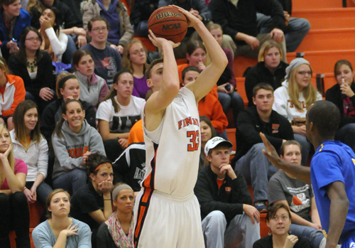 #24 Oilers Rout Racers 74-38