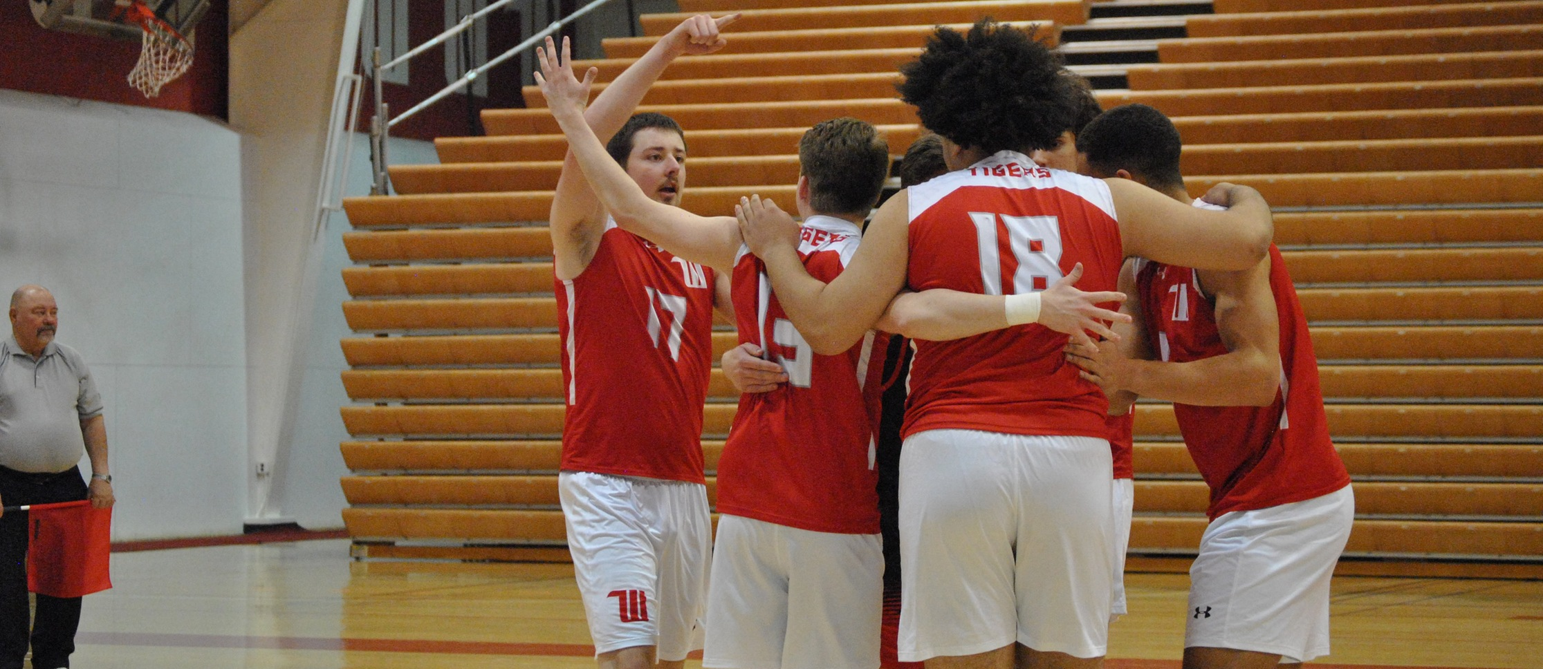 Tigers Win Five Set Thriller Over MSJ