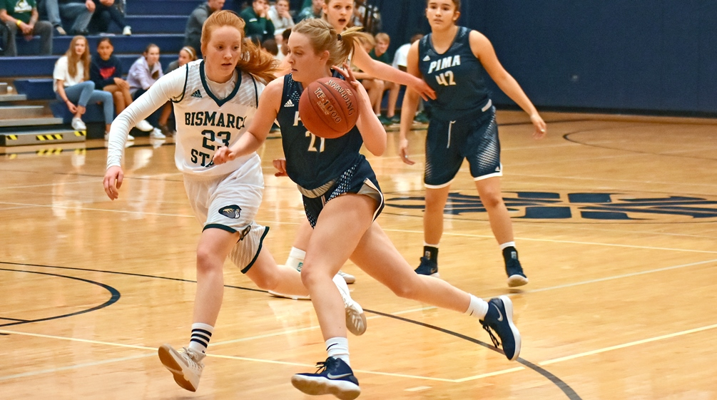 Sophomore Izzy Spruit scored a team-high 16 points but the Aztecs women's basketball team had their six-game winning streak snapped in their 81-66 loss to Division I Cochise College. The Aztecs are 12-3 overall and 6-1 in ACCAC conference play. Photo by Ben Carbajal.
