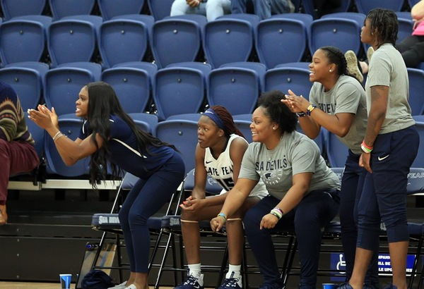 Women's Basketball Cruises Past Fayetteville Tech CC