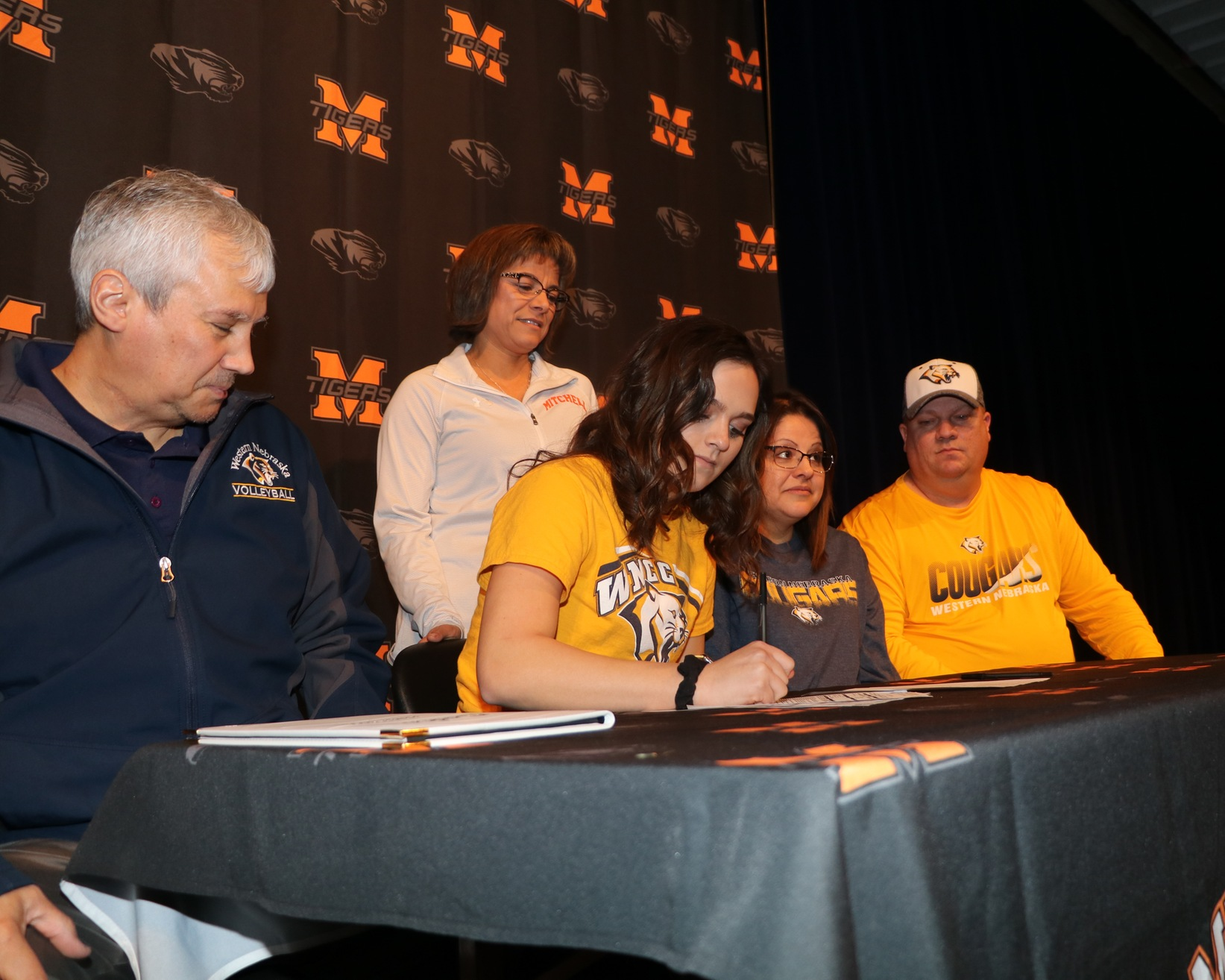 Mitchell's Gillen inks with WNCC volleyball