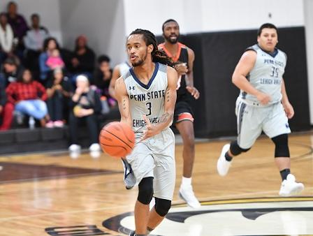 Men's Basketball Drops PSUAC Opener at PSU Hazleton, 70-67