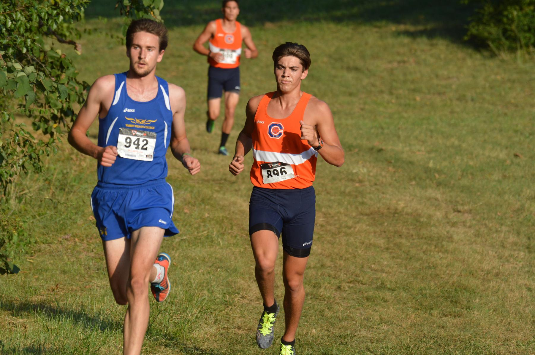 Eagles sweep Maryville College Invitational