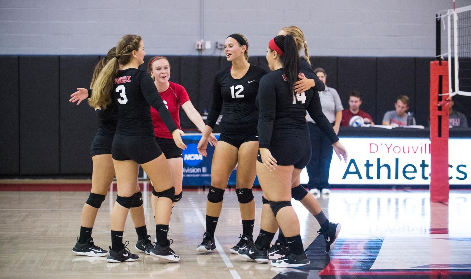 Women's Volleyball Earns First Conference Win with Big Victory over Behrend
