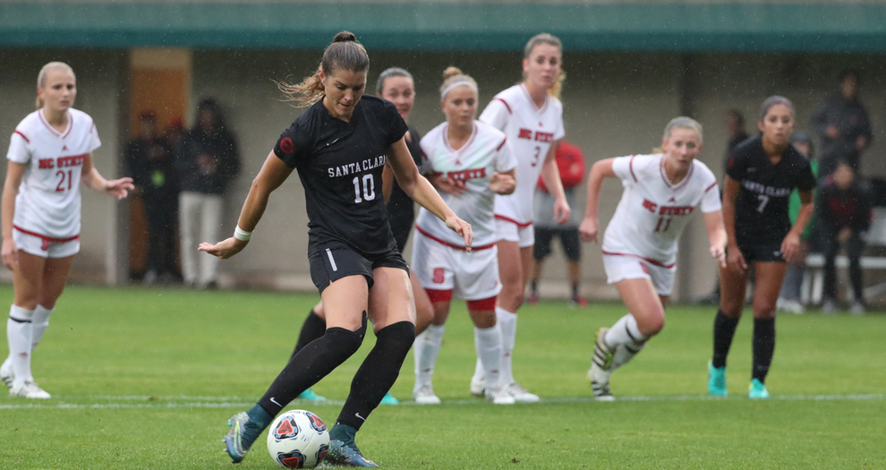 Women's Soccer Moves on to NCAA Quarterfinals with 3-0 Win Over NC State