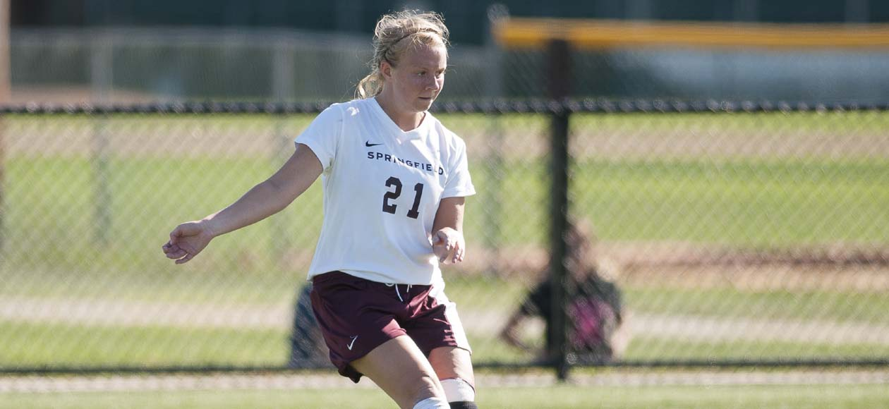 Women's Soccer Advances to NEWMAC Championship Semifinals With 1-0 Win Over Emerson