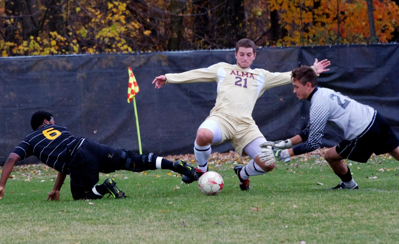 Men's Soccer defeats Adrian 1-0 on Saturday