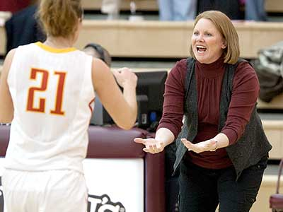 Tracey Dorow Named Head Coach At Valpo