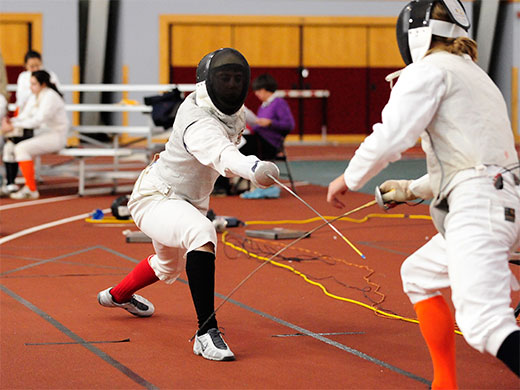 Freshman epeeist Gardner takes bronze to lead men's fencing at Temple Open