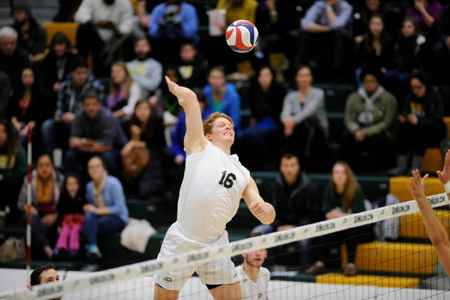 Mason Volleyball Sweeps No. 15 Harvard
