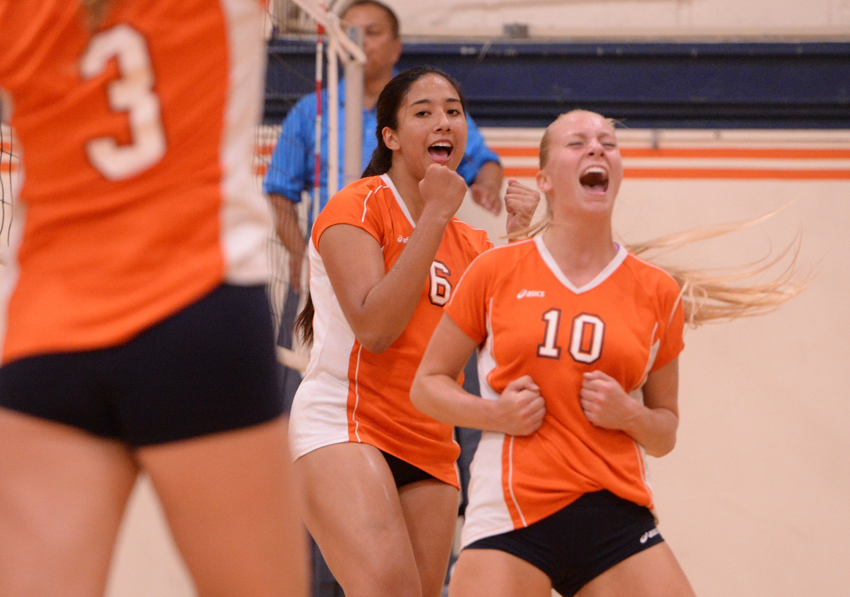 Pirates open conference play with four-set win over Hawks