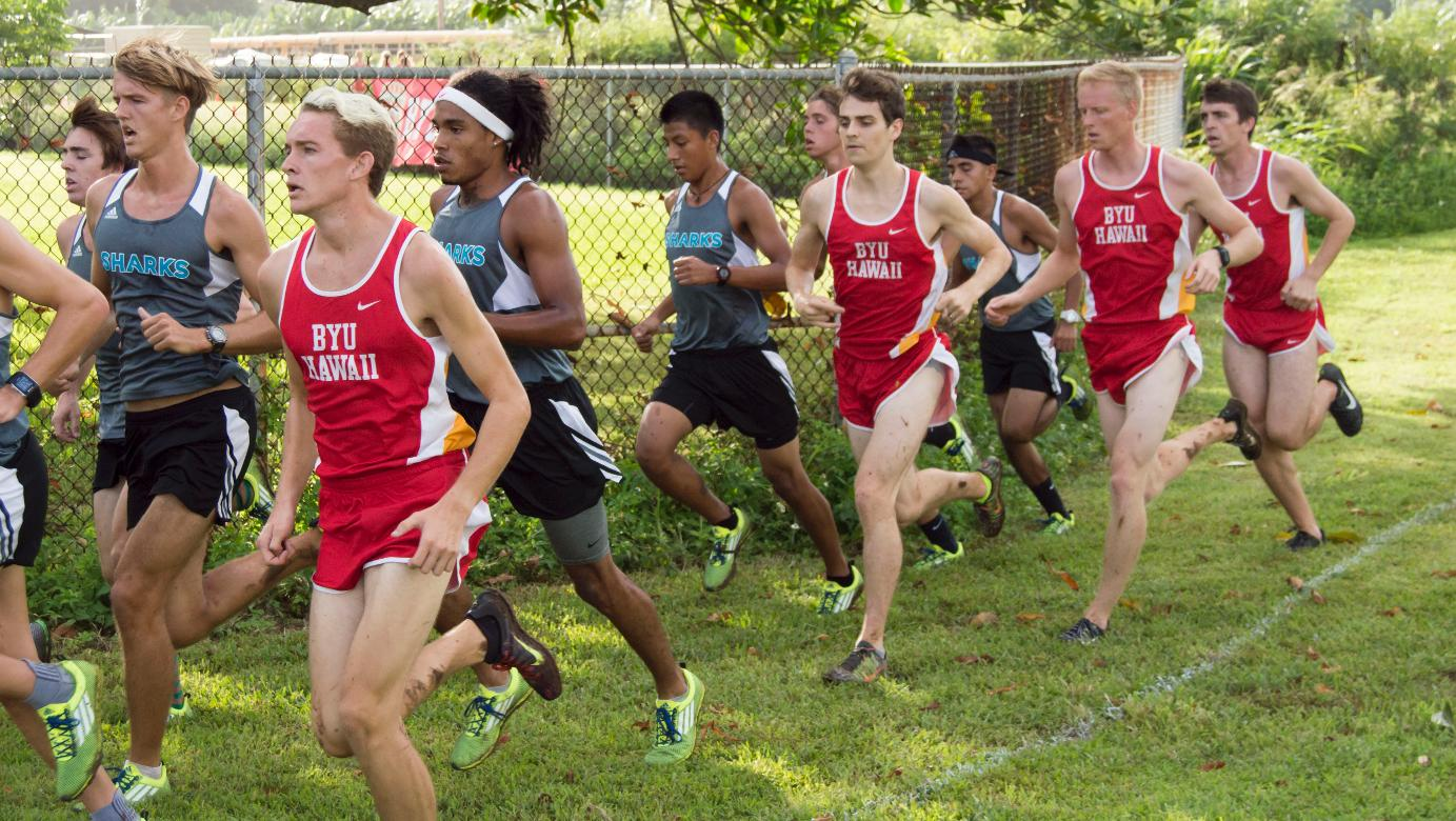 Moncur leads Seasiders at PacWest Championships