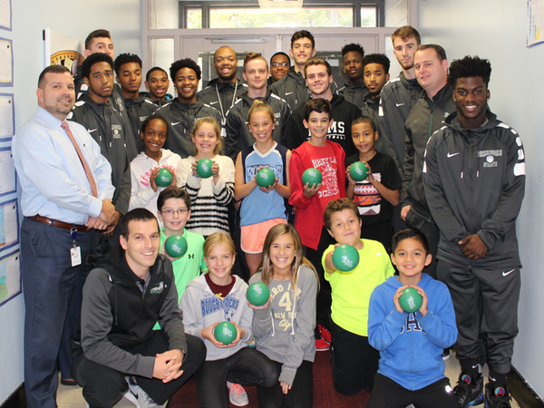 Rams Give Back at Local Elementary School