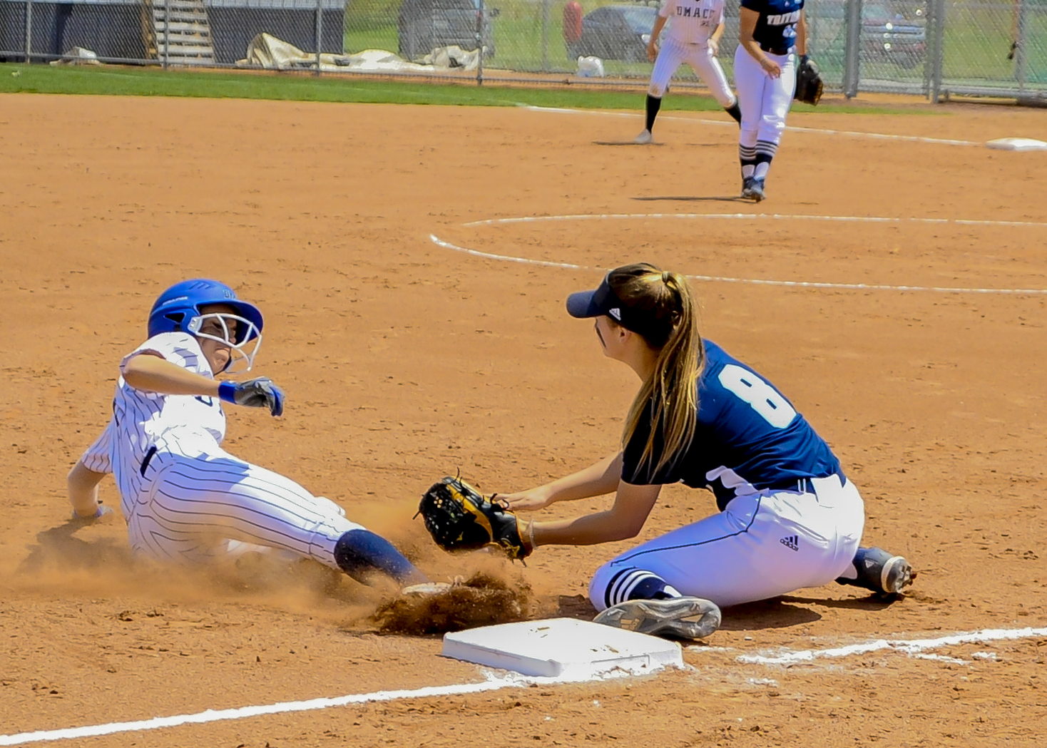 DMACC softball team beats ICCC and SWCC; clinches third consecutive ICCAC championship