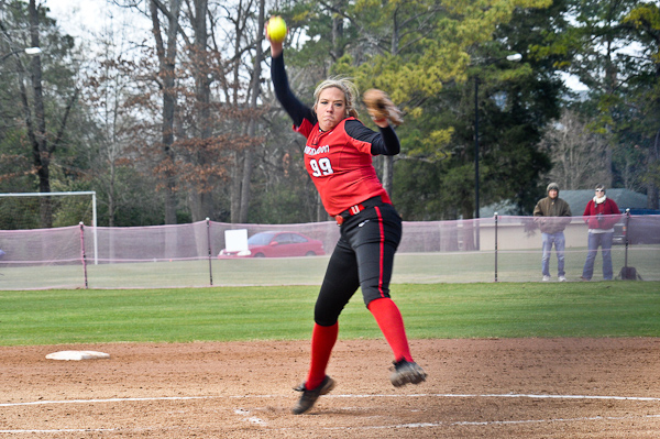 Meadows' no-hitter helps Lady Hawks complete sweep of Covenant