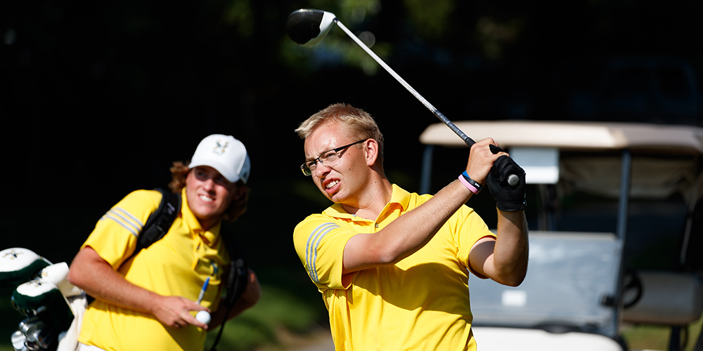 Men's Golf in First Place After Day One of the North Atlantic Conference Championship