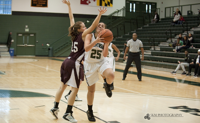 Kayleigh Guzek, Kyarra Harmon Lead Mustangs to 65-61 Victory Over Roanoke