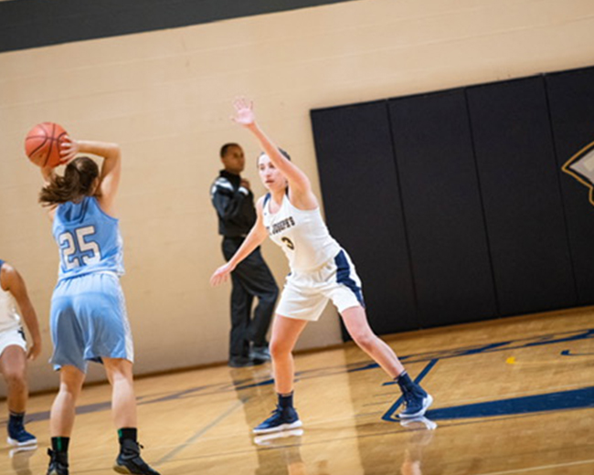 Women's Basketball Takes Down Baruch, 68-24