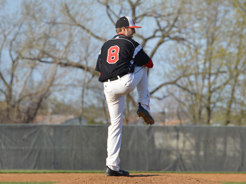 Catholic Tops USMMA 6-5 in Series Finale