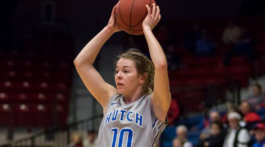 sara Cramer scored 16 points with four 3-pointers to lead Hutchinson to a 60-56 win over No. 21 Florida Southwestern State on Saturday in Fort Myers, FL. (Allie Schweizer/Blue Dragon Sports Information)
