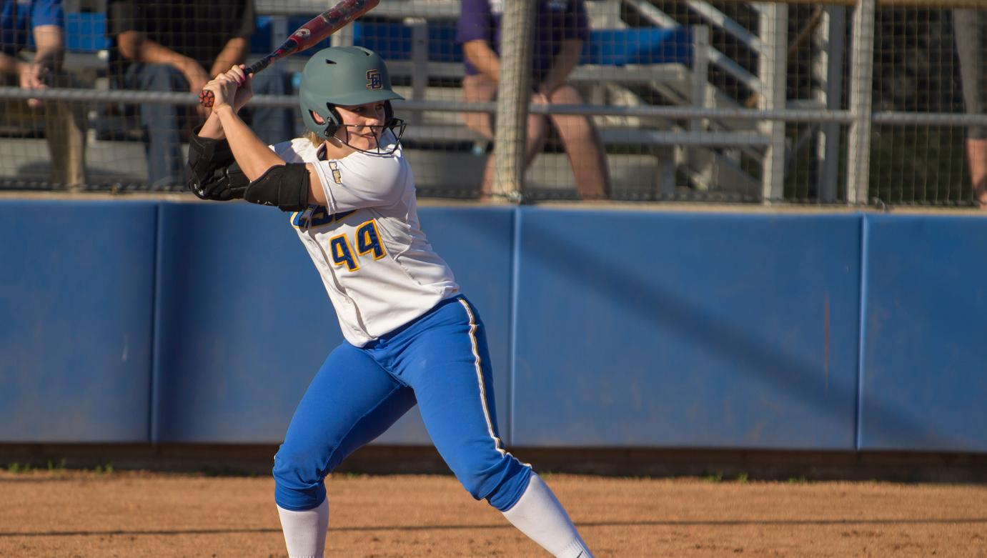 UCSB Splits Doubleheader with Brown, Three Gauchos Blast Homers
