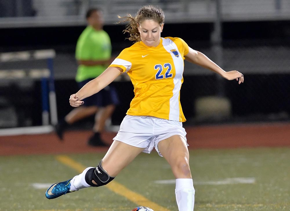 Strong Second Half Leads Wheaton Past Women's Soccer