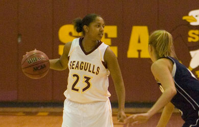 Sea Gulls dominate first half to complete sweep of Mustangs
