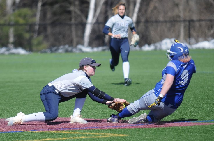 Softball: Raiders stumble against Albertus Magnus