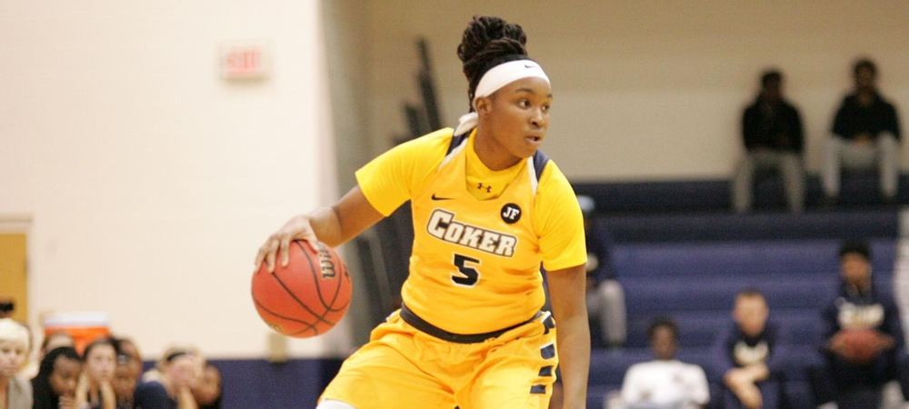 Women's Basketball Drops Hard Fought Game With Mount Olive